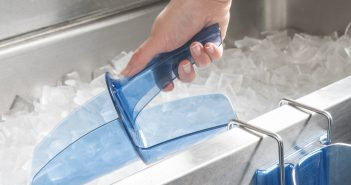 Ice hygiene: BBC Watchdog - avoid the poop – use a scoop